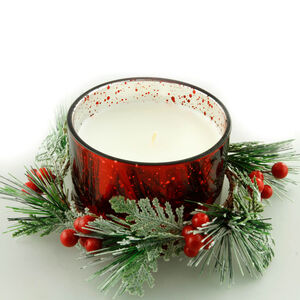 Red Wreath Centrepiece Candle Gift Set