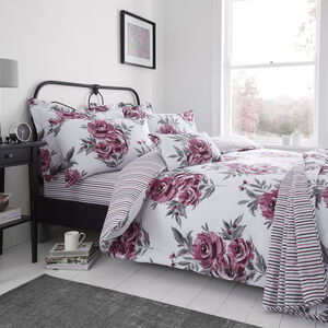 Betty Duvet Cover