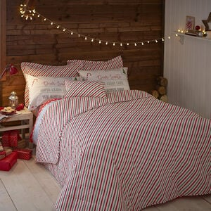 Santa Map 200x220 Bedspread