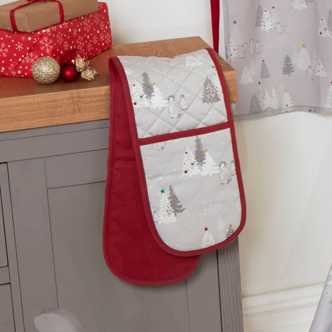Snowy Penguins Double Oven Glove