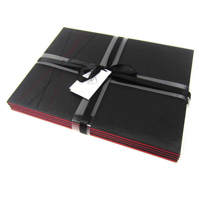 Reversible Diamond Placemats 4 Pack - Black & Red