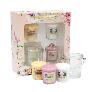 Yankee 3 Votives and 1 Holder Gift Set
