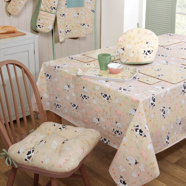 Country Meadows Table Cloth 160 x 230cm