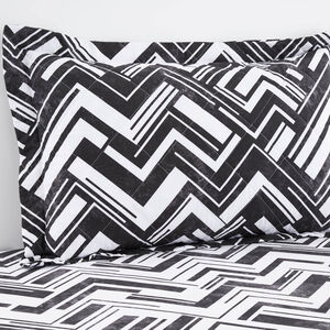 Richie Black/White Pillowshams 50cm x 75cm