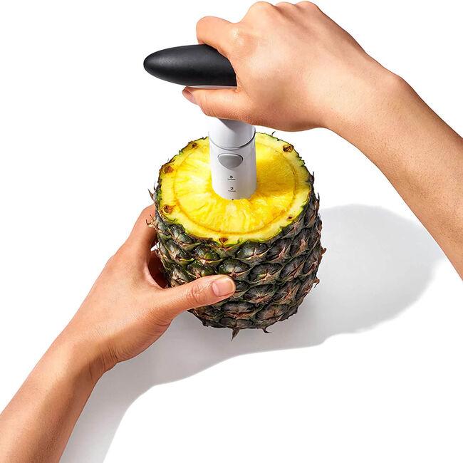 Oxo Good Grips Ratcheting Pineapple Slicer