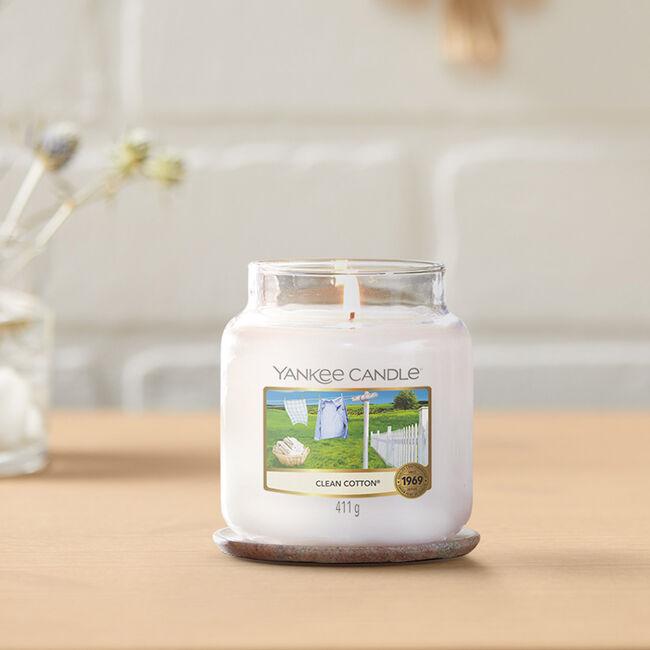 Yankee Candle Clean Cotton Medium Jar