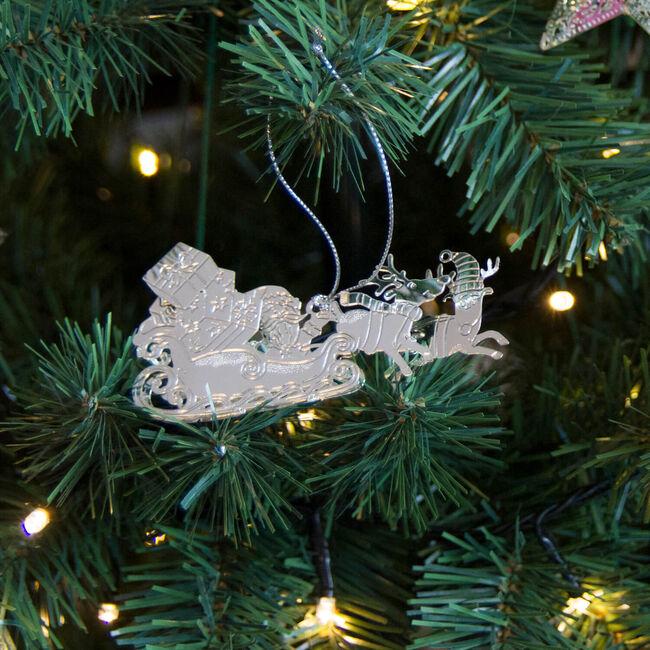 3D Santa & Sleigh Decoration Silver