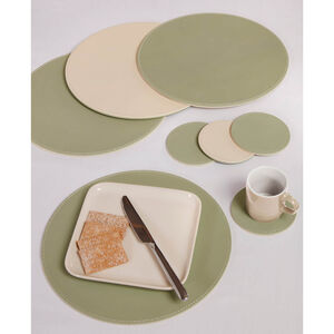 Reversible Round Placemats 4 Pack - Green & Cream
