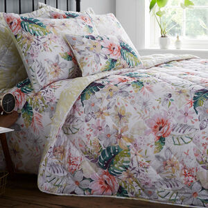 Ceoladh Bedspread 200cm x 220cm
