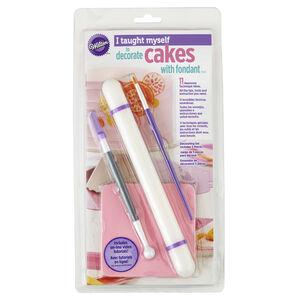 Wilton I Taught Myself to Decorate Cakes