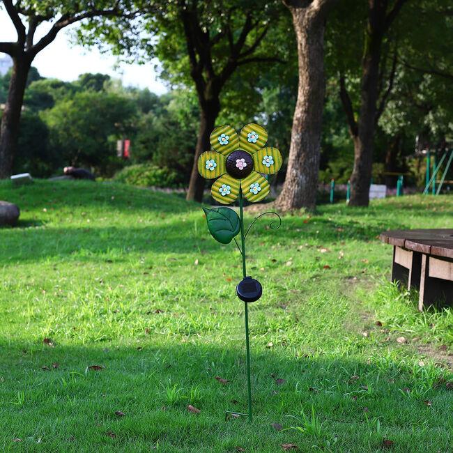 Solar Metal Flower Garden Stake Light