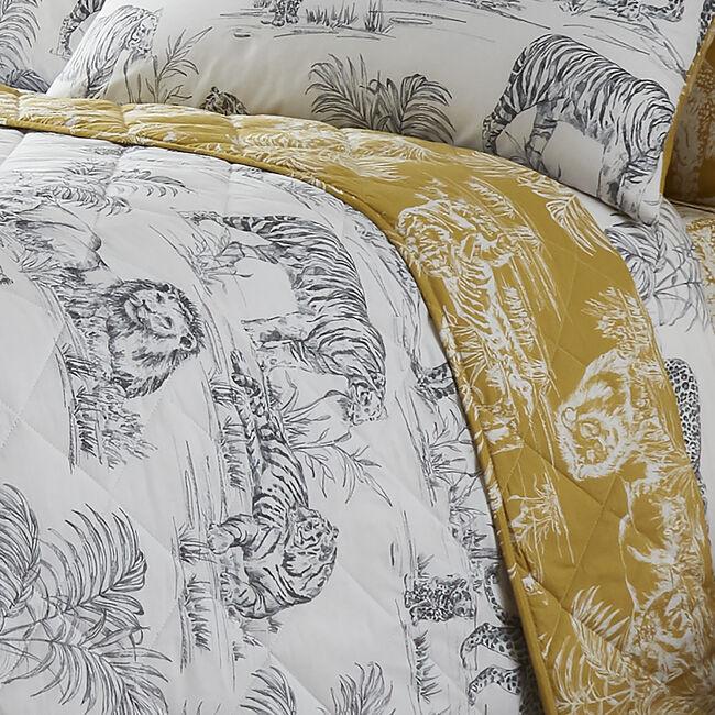 Sketch Safari Bedspread 200x220cm - White/Ochre