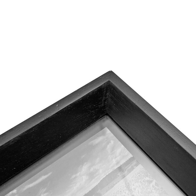 "Floating Matt Frame 8"" x 10"" - Black"