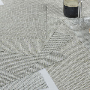Interlaced Glimmer Cream Placemat