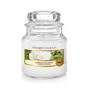 Yankee Candle Camellia Blossom Small Jar