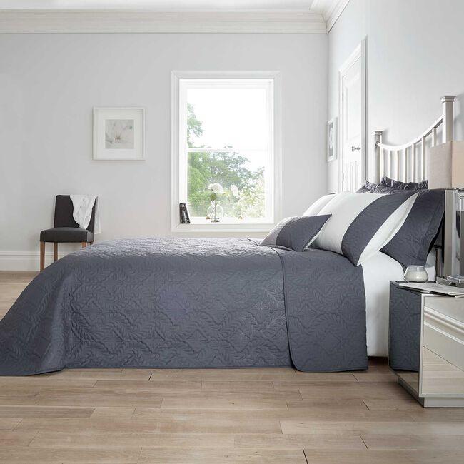 Maeve Bedspread 220 x 240cm