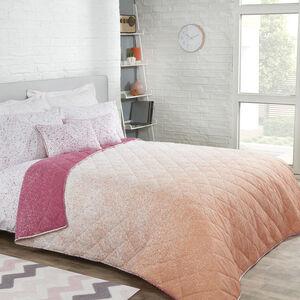 Ombre Splash Pink Bedspread